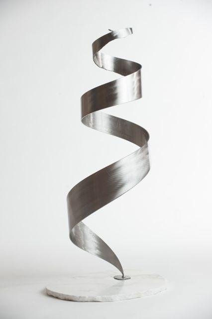 Cerebral floor sculpture view 1